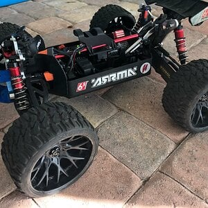 Under the hood of my ARRMA Notorious w/ a set of SRC ALL Terrain Belted Tires