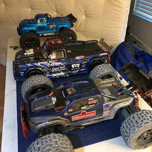 Tuning up the ARRMA #ARMY Assembly line before todays bashing session