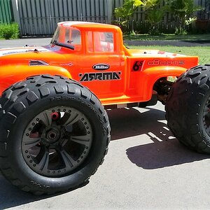 arrma notorious orange 30.jpg