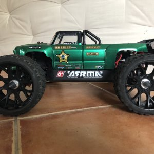 ARRMA Notorious w/ an OutCast painted body!